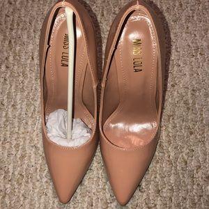 miss lola heels size 7.5 BRAND NEW NEVER BEEN WORN